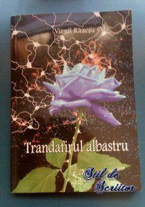 trandafirul albastru